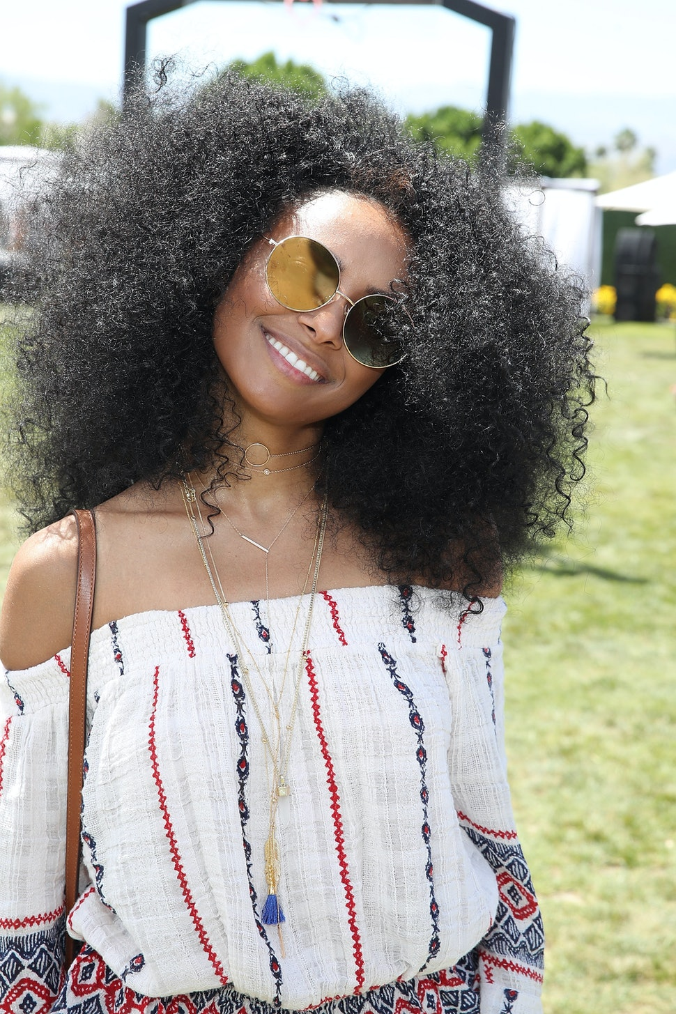 9 Dry Shampoos For Natural Hair That Won T Leave Behind Buildup