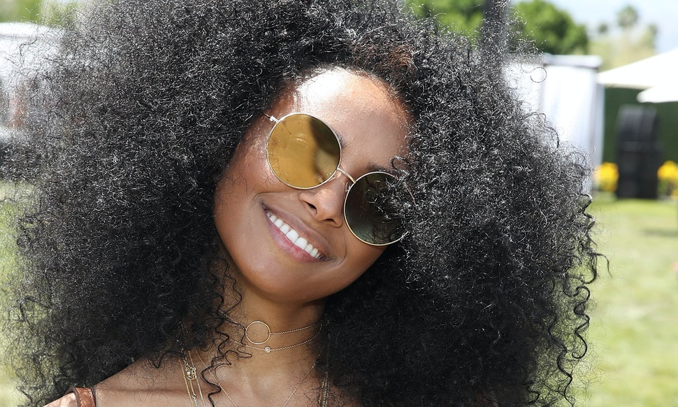 9 Dry Shampoos For Natural Hair That Wont Leave Behind Buildup