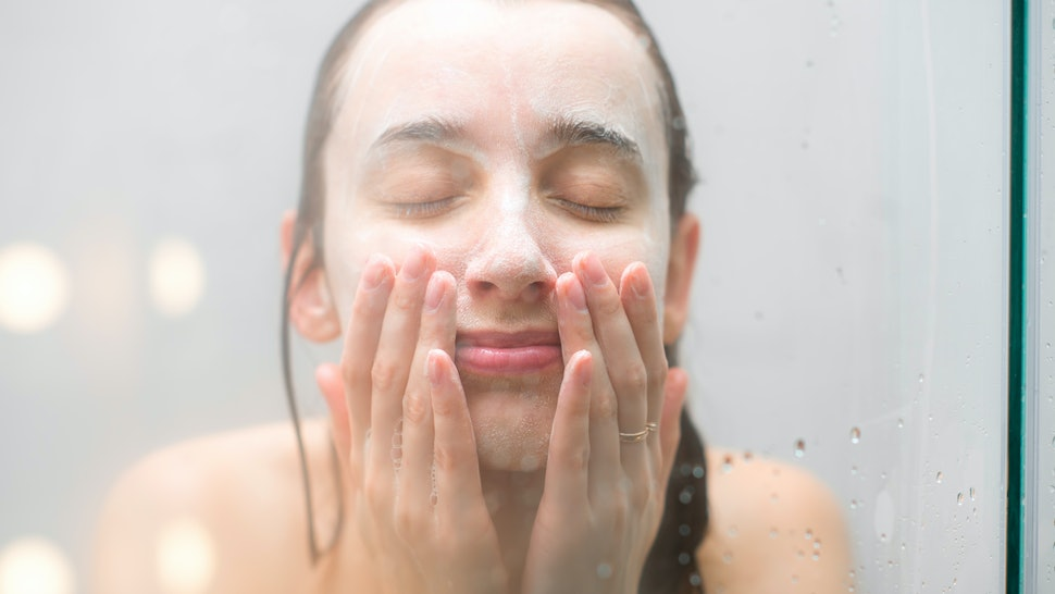 The 7 Best Enzyme Powder Face Washes For Sensitive Skin