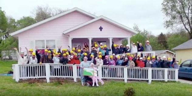 Gypsy Rose Blanchard Pink House