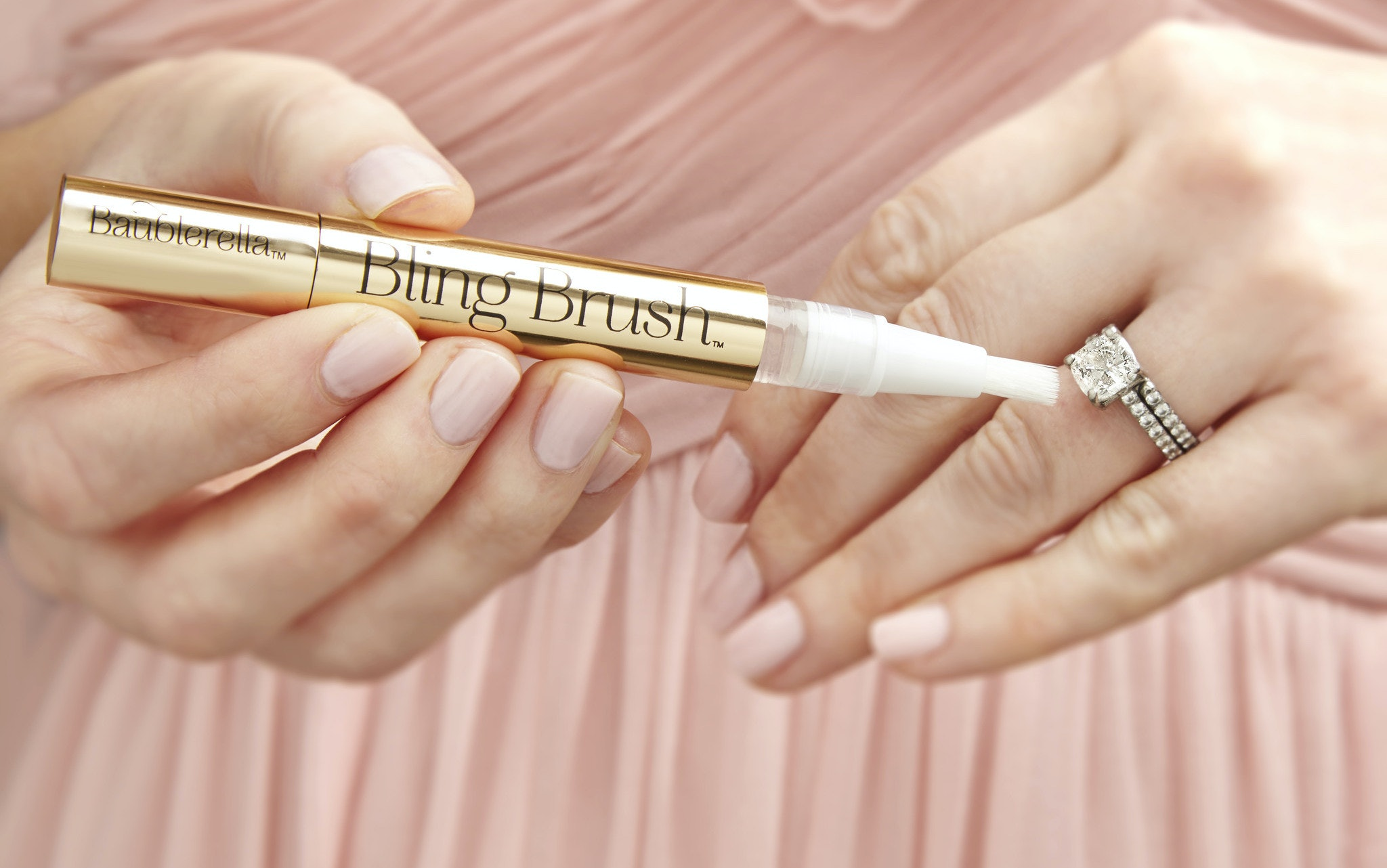 Baublerella\'s Bling Brush Makes Cleaning Your Rings Easier Than Ever