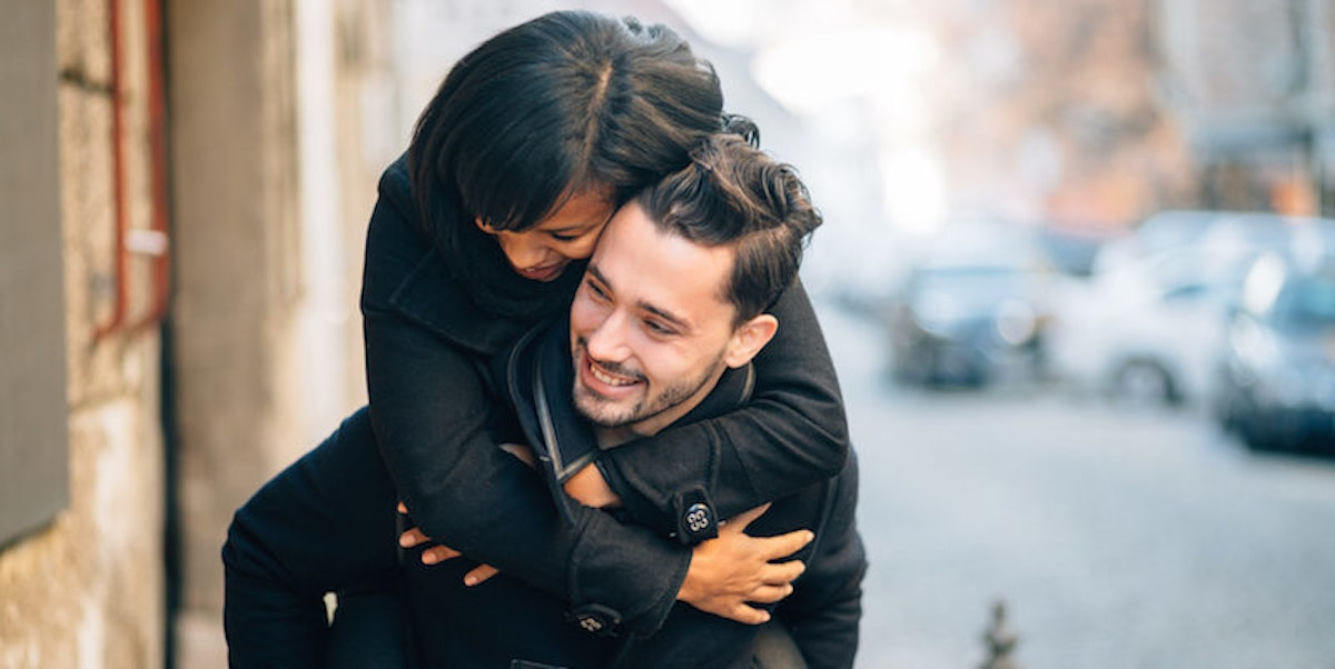 Put A Ring On It: 12 Signs He's A 'Girlfriend Guy' Looking For Love