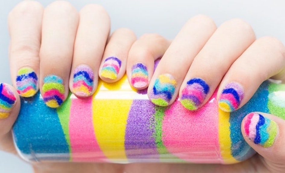 DIY Sand Art Nails Will Seriously Bring You Back To Your Childhood ...