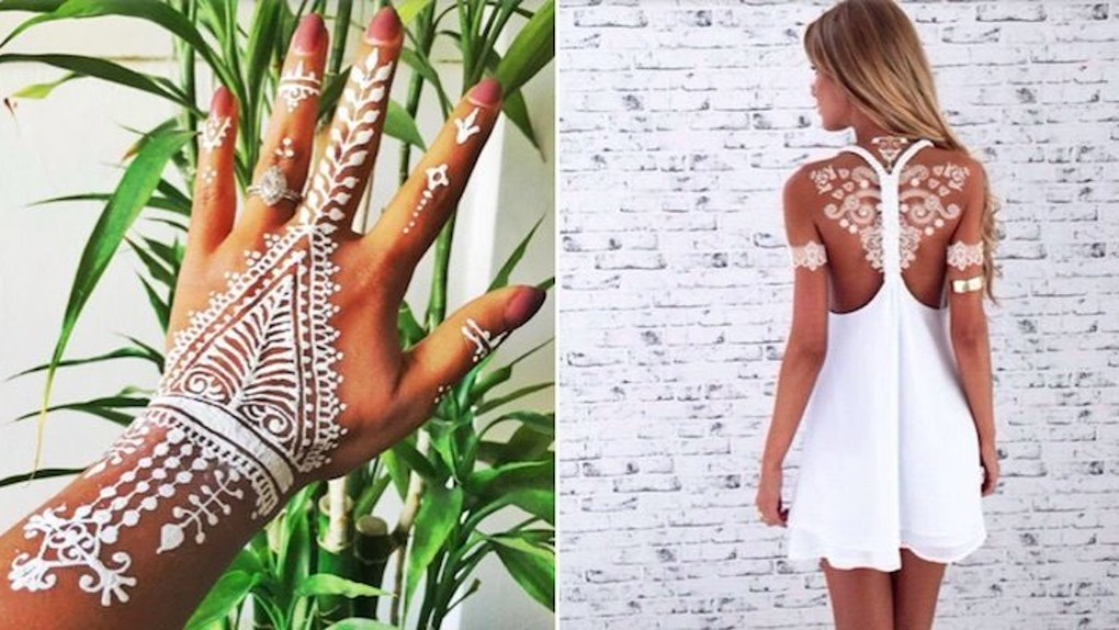 Women Are All About These Beautifully Detailed White Henna Tattoos