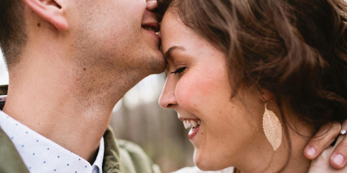2 к чему снится целовать в лоб — толкование сна по сонникам.