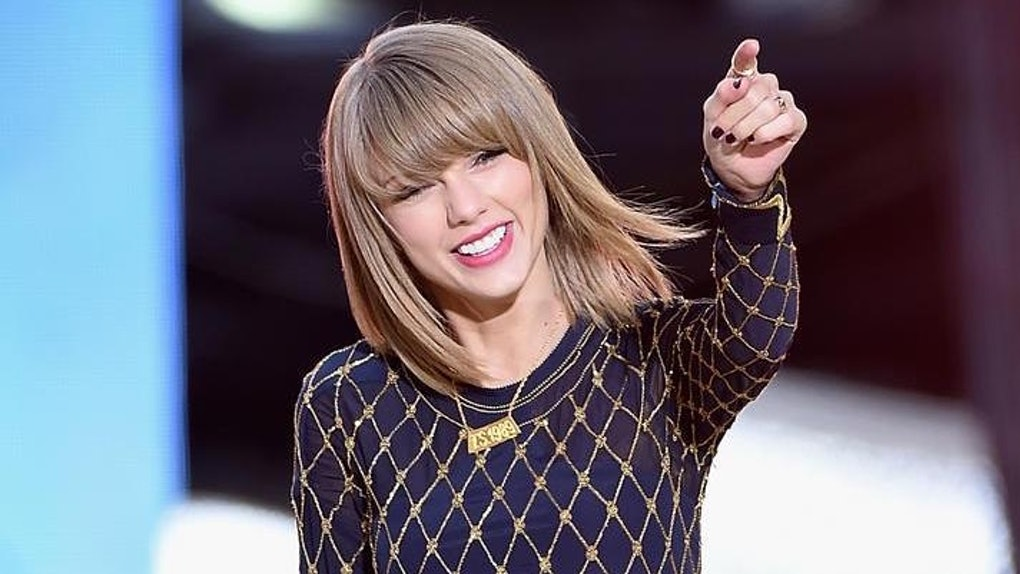 1d4a91e6 11 Gifts For That Friend Who's Way Too Obsessed With Taylor Swift