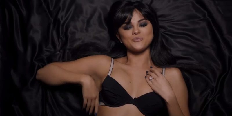 Selena Gomez Takes Off All Her Clothes In The Hands To Myself