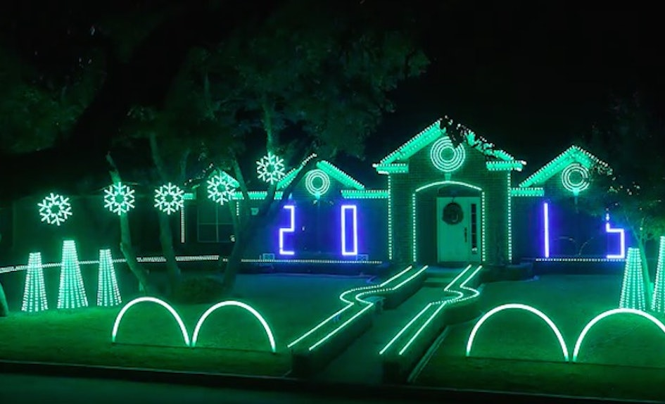 This Dubstep Christmas Lights Show Crushes Neighborly Competition ...