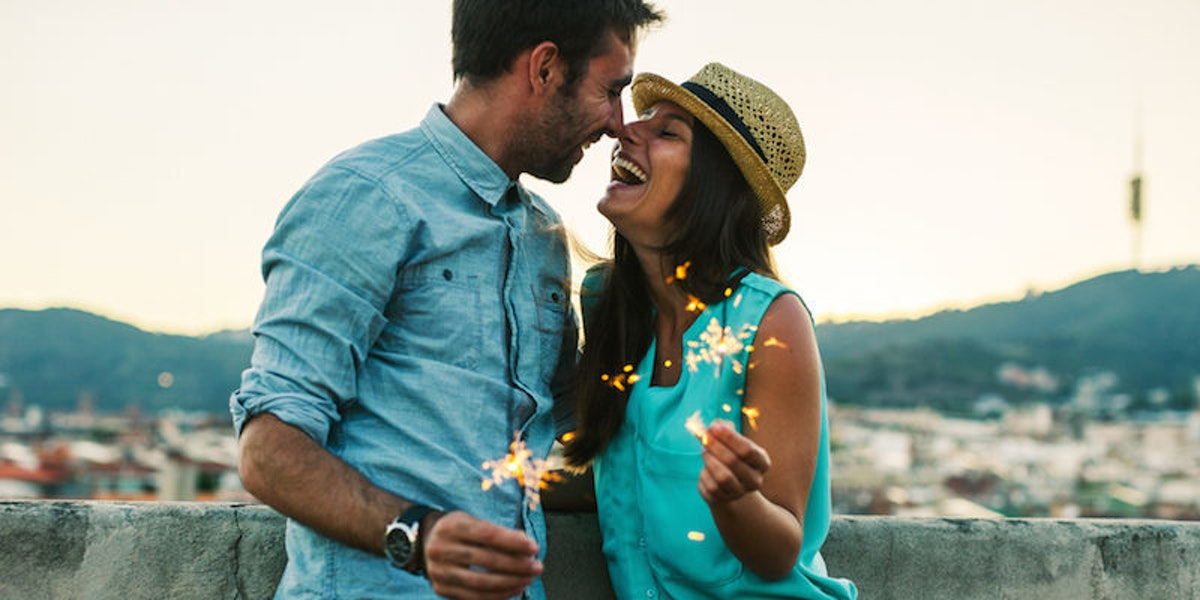 5 Relationship Resolutions That Will Bring You Love In The New Year