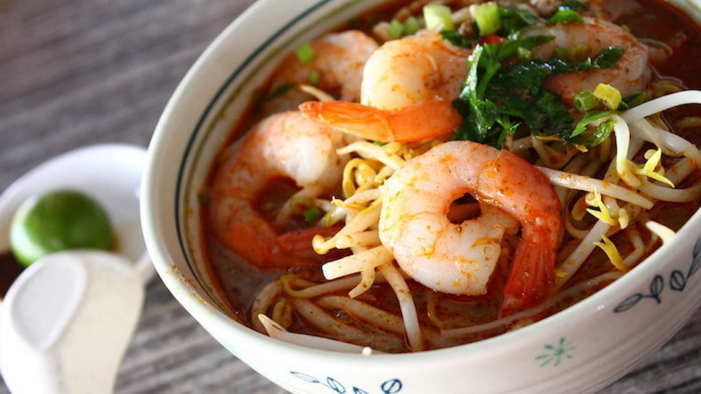 8 Calorie Packed Foods Youll Find In Singapores Hawker Centre