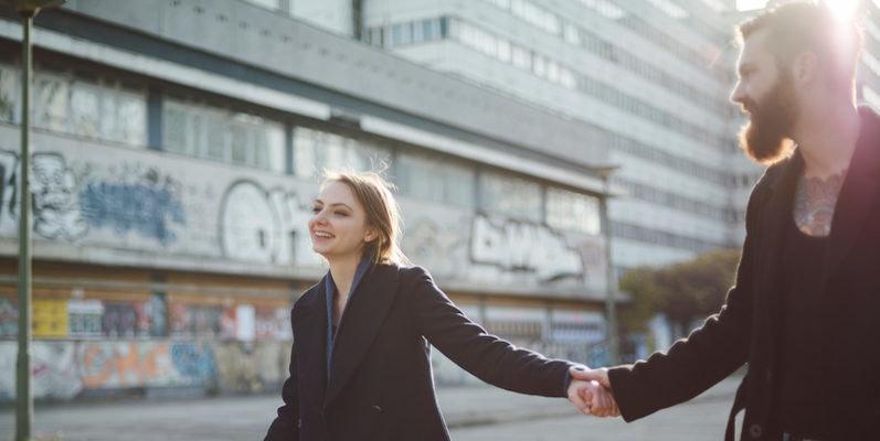 Online hookup long distance first date