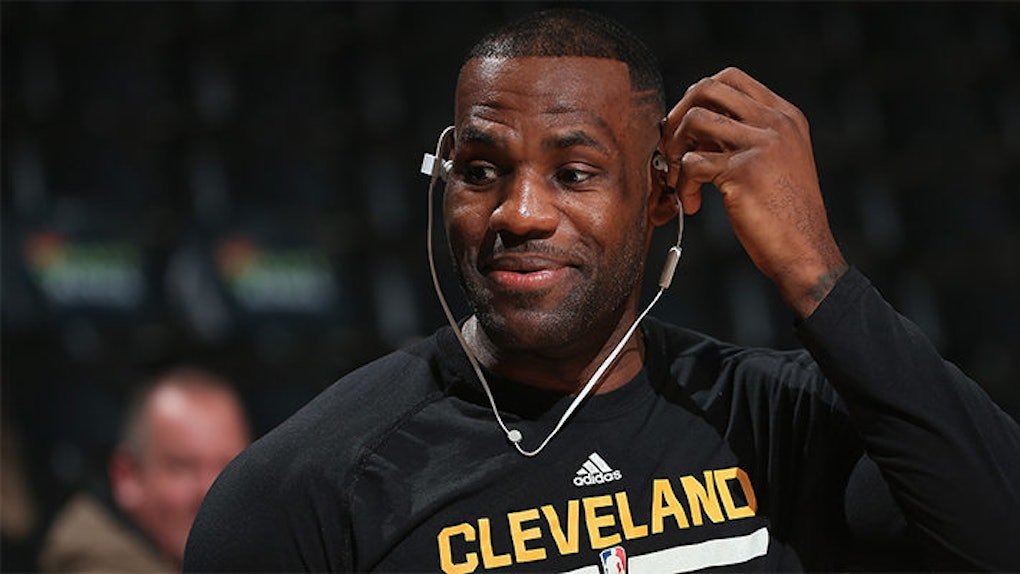 a85580286b0d LeBron James Keeps Toying With The Cavs  Emotions On Twitter