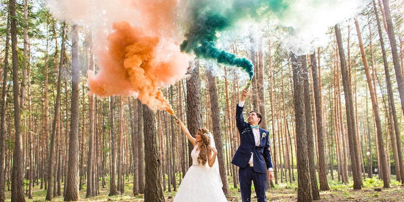 These Colorful Smoke Bomb Weddings Are The Hottest Way To