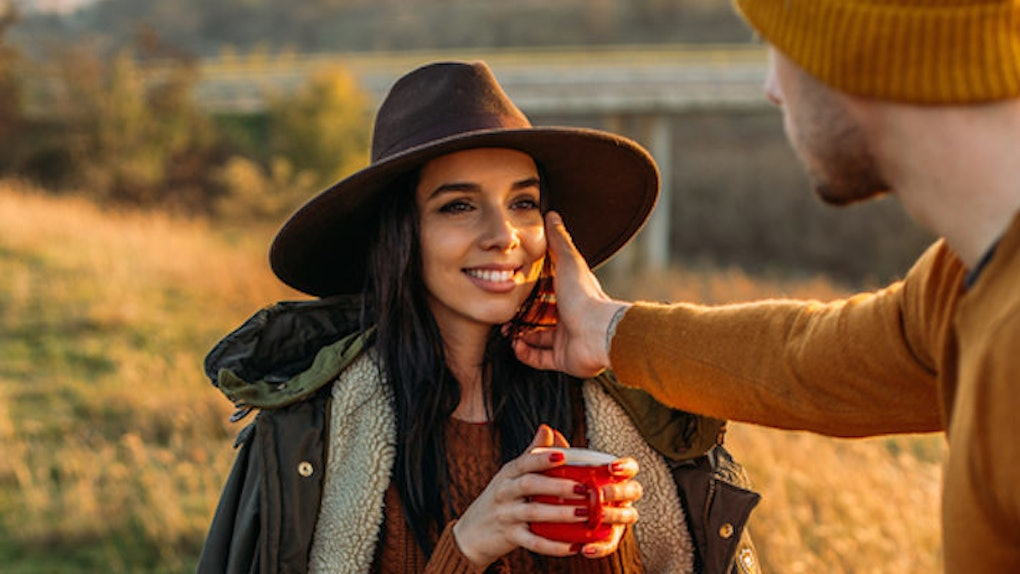 If You Don't Feel These 10 Ways In Your Relationship It's Not Real