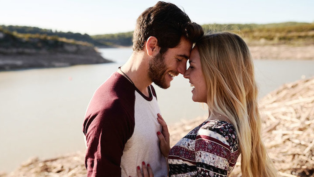 If Your Boyfriend Does These 8 Things, He's In Love With You