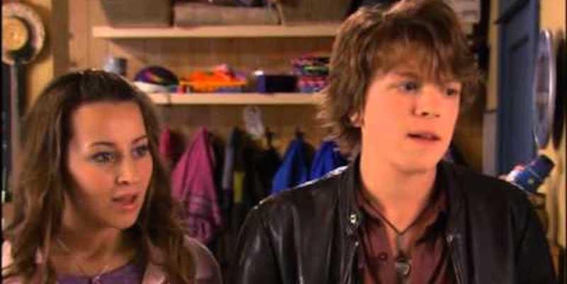 Casey og Derek dating