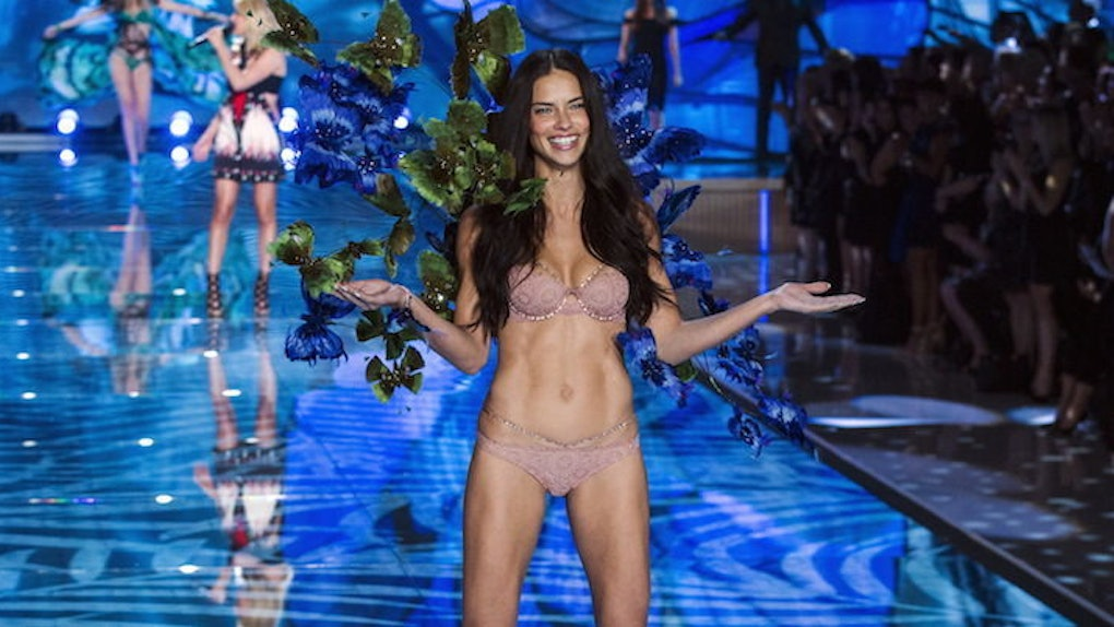c9b8172f9abfb Adriana Lima Revealed The Secrets To Her Daily Beauty And Wellness ...