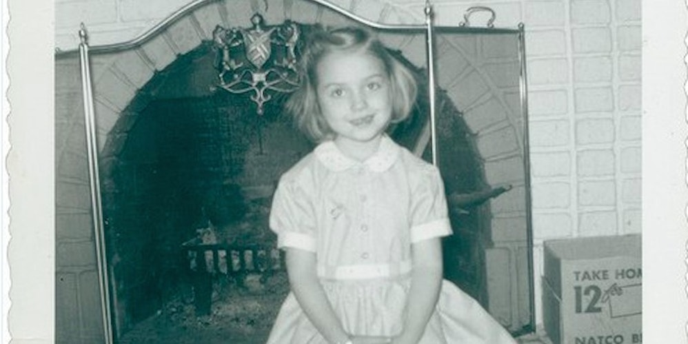 Photos Of A Young Hillary Clinton Remind Us She S Opening