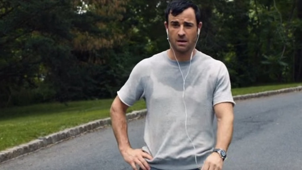 Justin Theroux Says He's Still 'Embarrassed' Over Those Sweatpant Penis Pics