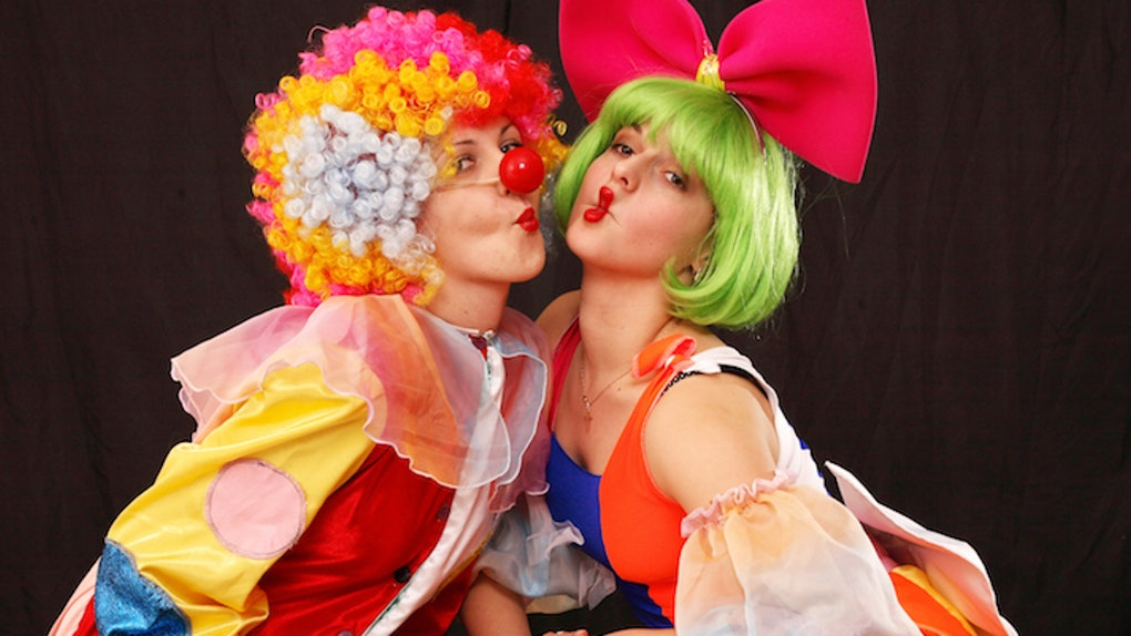 The Terrifying Clown Craze Is Actually Turning People On, According ...