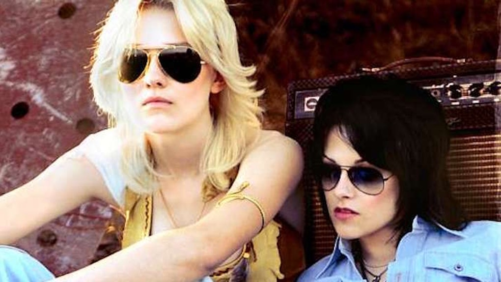 The Best Lesbian Couples Halloween Costumes (That Aren't