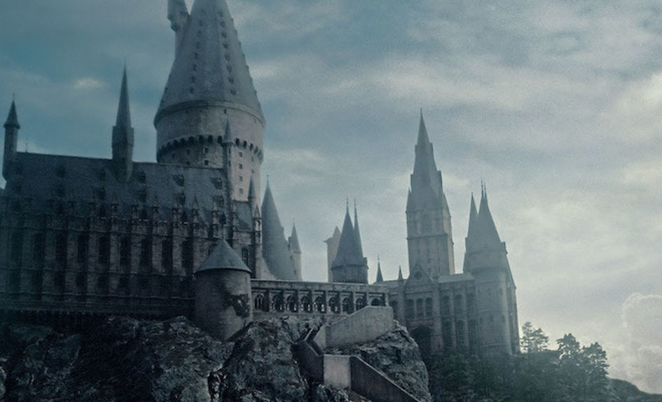 There S A Real Hogwarts Where You Can Learn Harry Potter Spells Siriusly
