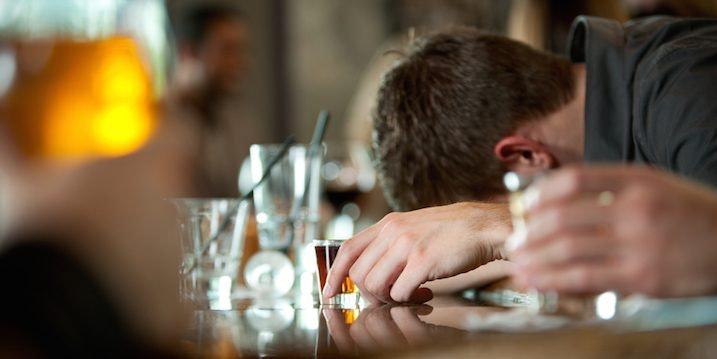 people-drunk-bar.jpg