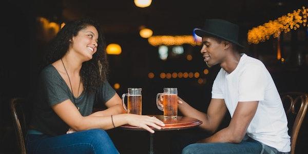 Online dating flytter offline