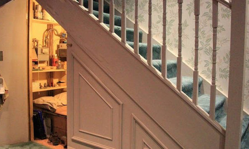 You Can Finally Rent Harry Potter S Cupboard On Privet Drive