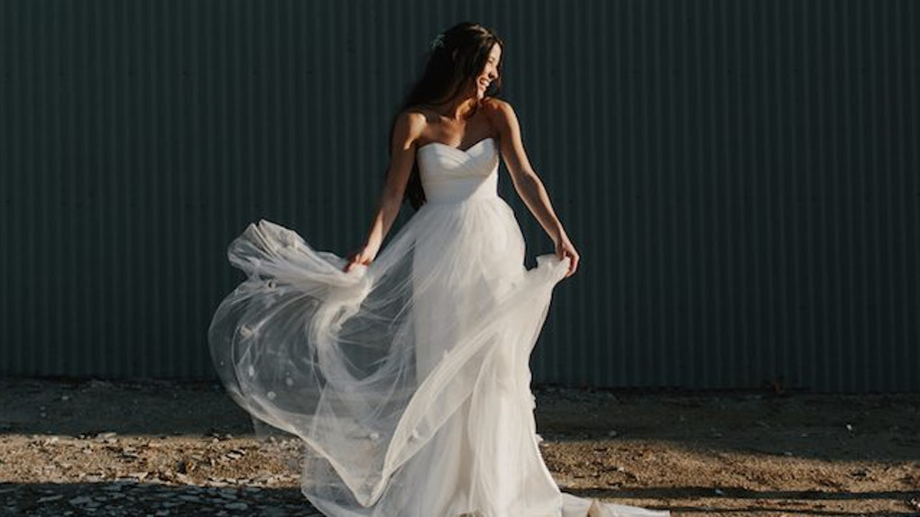 Slutty Wedding Dress.Men Reveal Their Favorite Style Of Wedding Dress