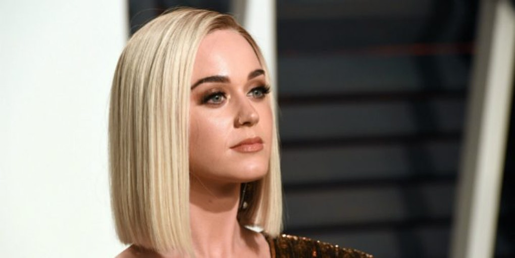 Katy Perry Looks Unrecognizable With New Blonde Pixie Cut