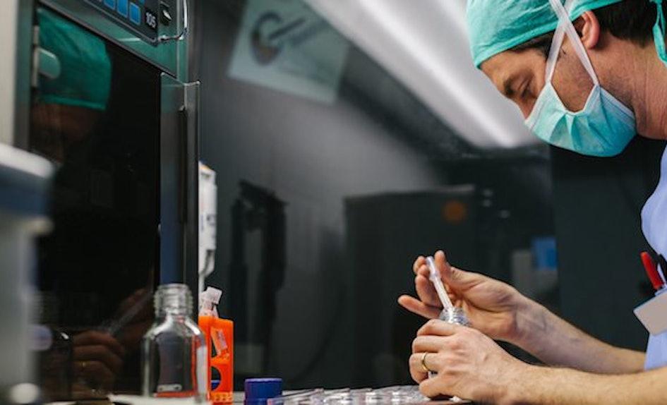 frozen-sperm-bank-donor-semen-services