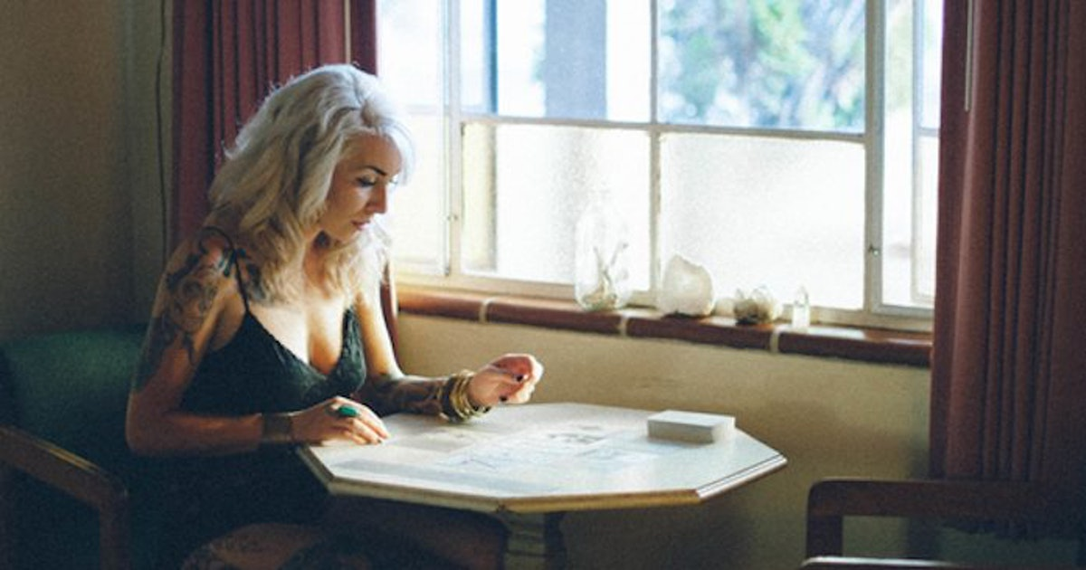 How To Find A Psychic Who Is Real & Won't Waste Your Money