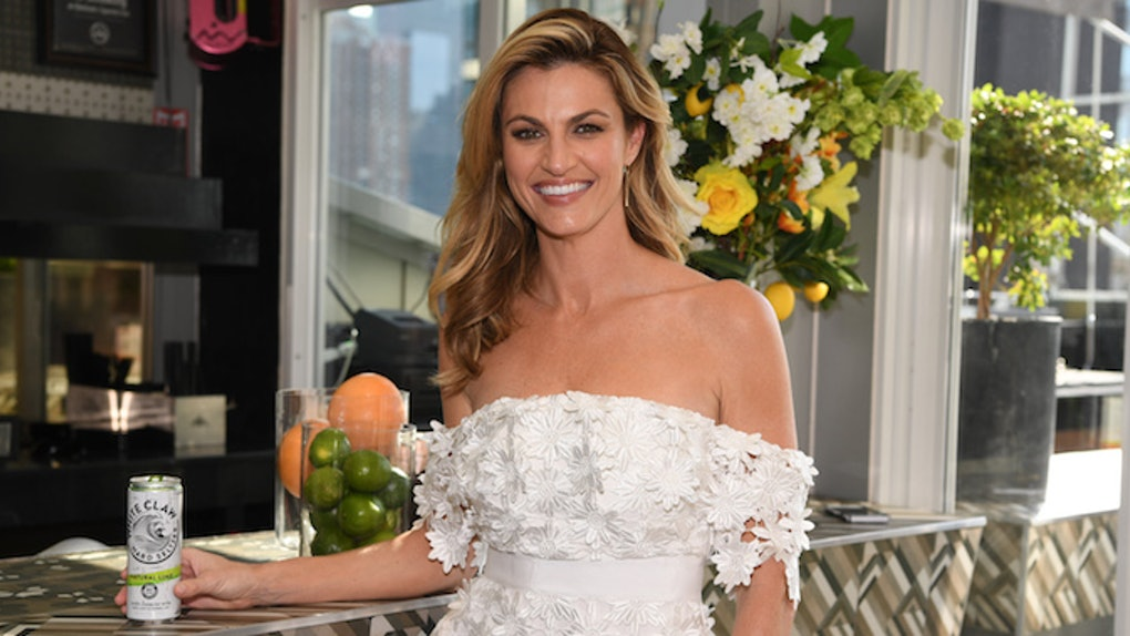 Erin Andrews Wedding.Erin Andrews Wedding Plans With Jarret Stoll Are Adorable