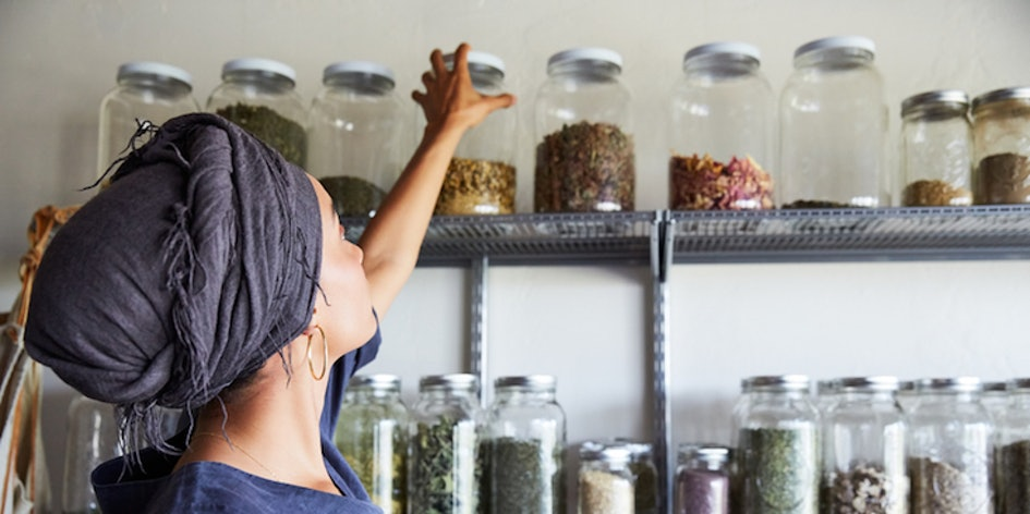 woman-organizing-jars-of-spices.jpg?w=94