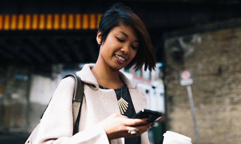 Texting While Walking Is Pretty Hard And People Think Theyre Better At It Than They Actually Are