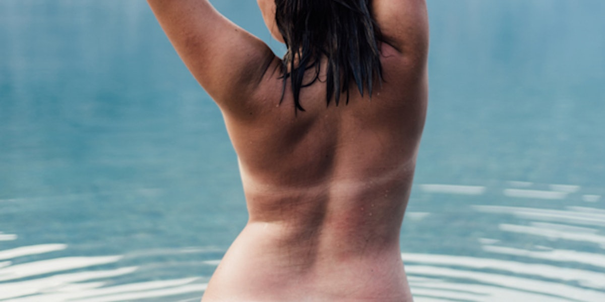 National Nude Day Is July 14, Here's How To Celebrate The Beauty Of Your Naked Body