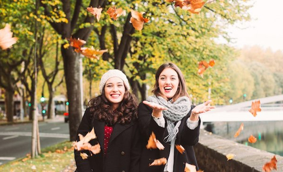 cute fall things every basic girl squad needs to do this season
