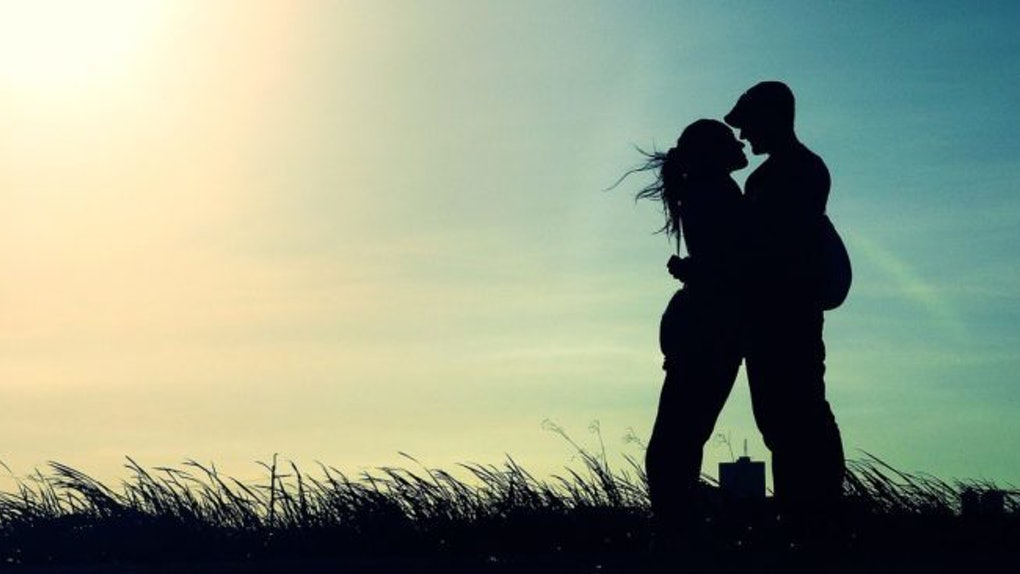 How To Be Happy In A Relationship By Doing These 10 Subtle Things Every Day