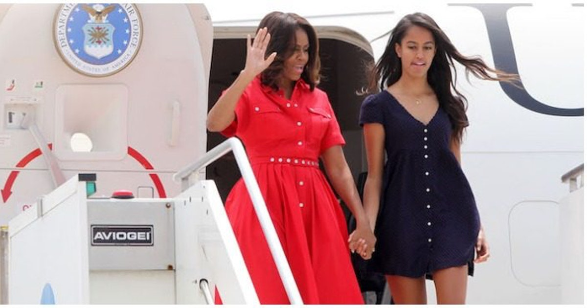 Malia Obama Moved Into Harvard With Some Help From Barack & Michelle Obama