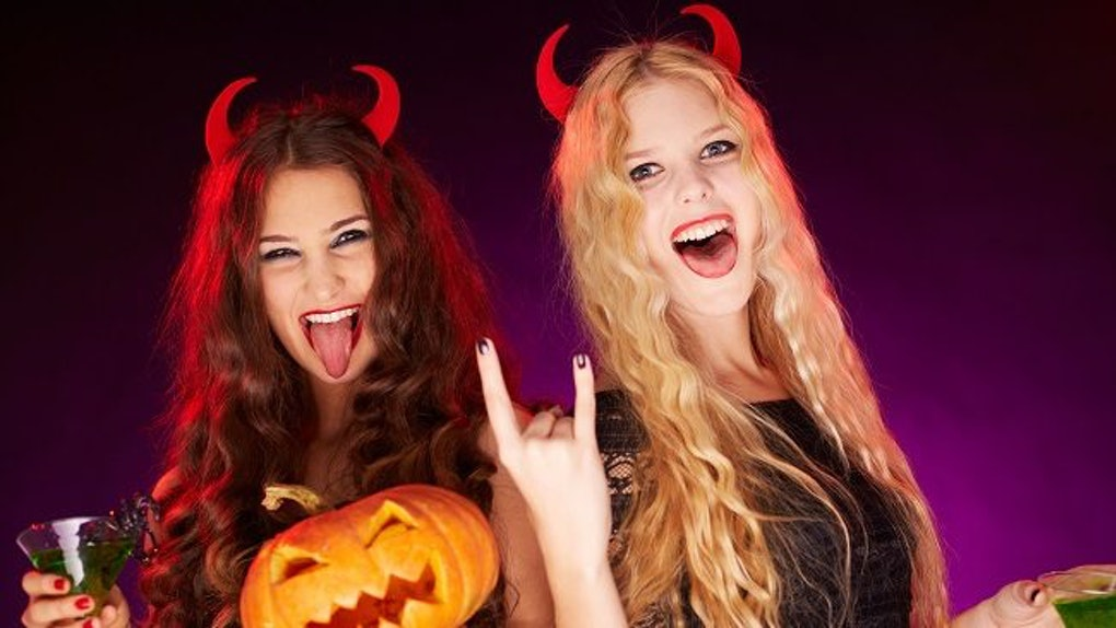 Cute Best Friend Halloween Costumes Ideas.12 Best Friend Halloween Costumes That Are Too Cute For Words