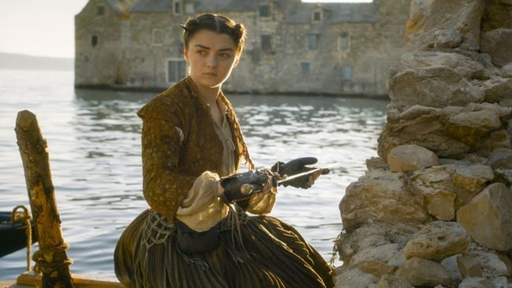 Diy Arya Stark Costume Ideas Are Perfect For Halloween This Year