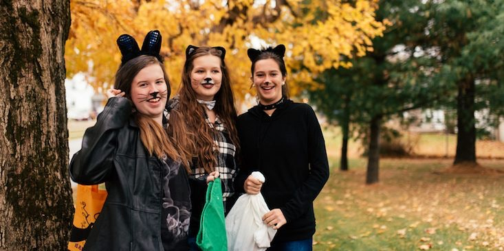 12 Three Person Halloween Costume Ideas If You\u0027re Always The