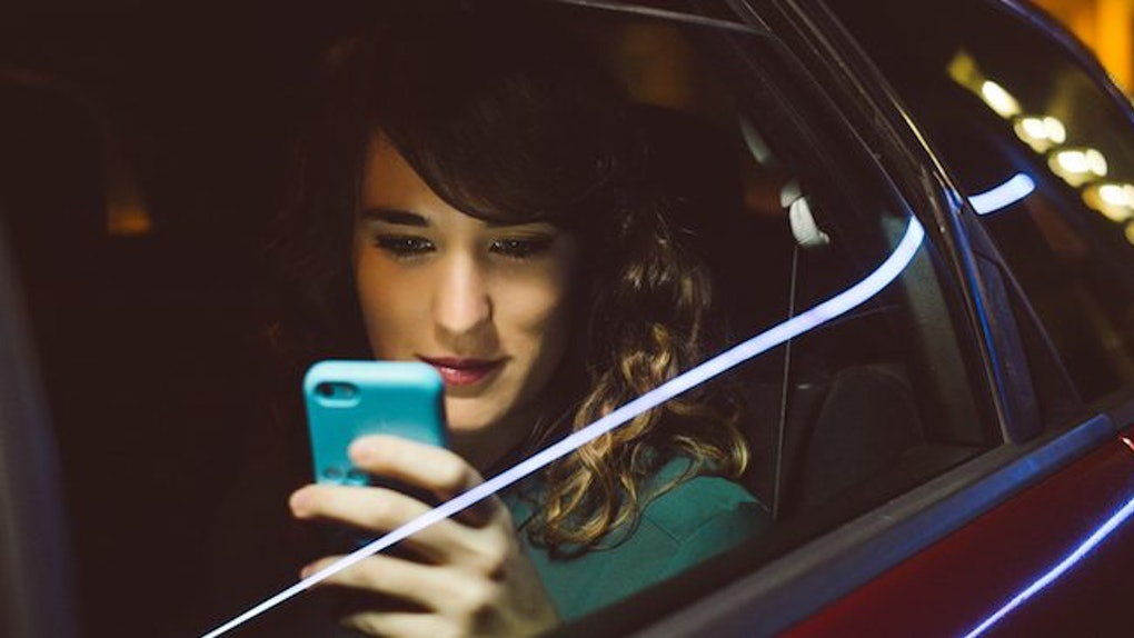 5 Flirty Questions To Ask Your Crush While Texting To Get