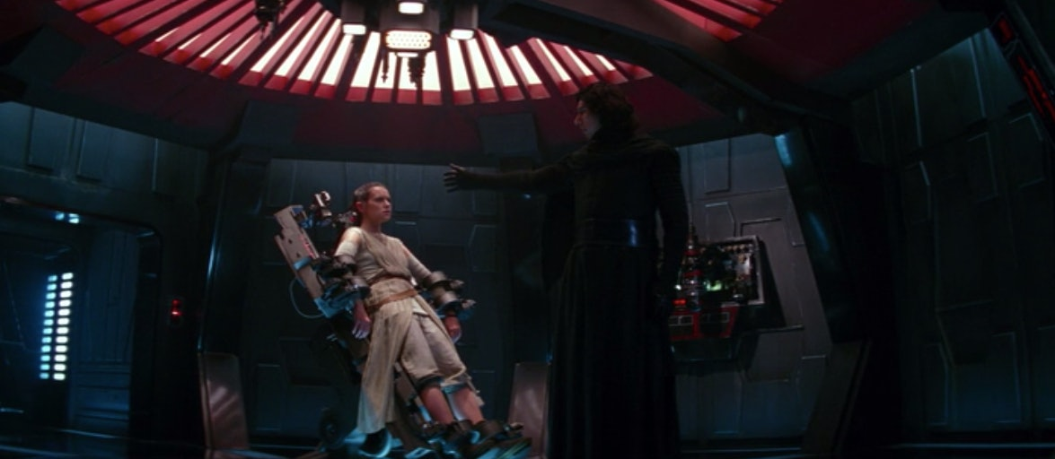 Kylo looks into Rey's mind, and 100 percent sees her future.