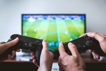 The PS4 controller: easy to use?