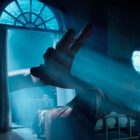 In The New 'BFG' Trailer, Spielberg Shows the BFG's Face