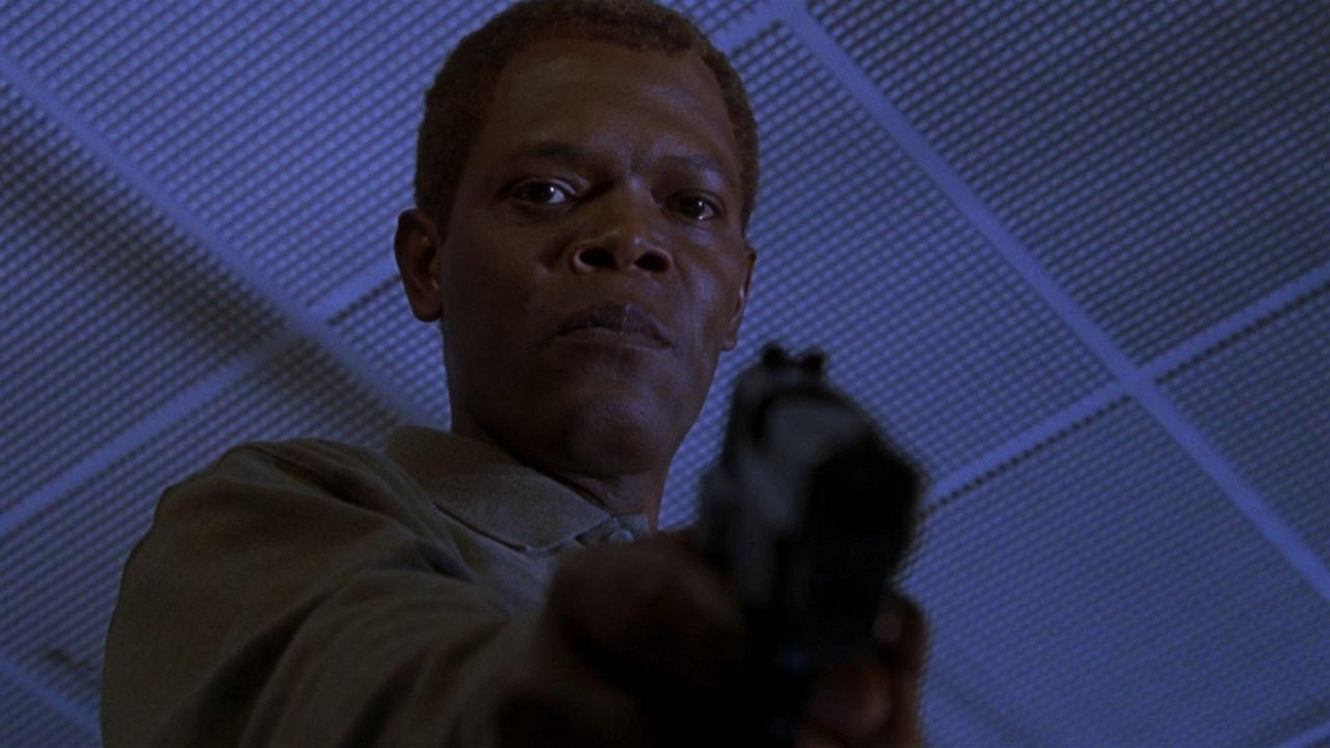 Samuel L. Jackson in 'The Negotiator' (1998)
