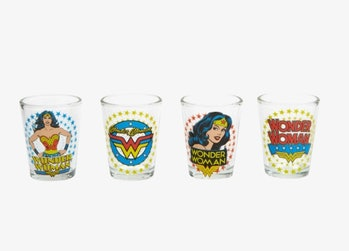 DC COMICS WONDER WOMAN SHOT GLASS SET