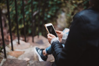 dating app lies